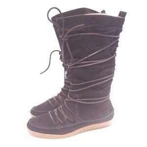 Michael Kors black lodge boots size 8.5